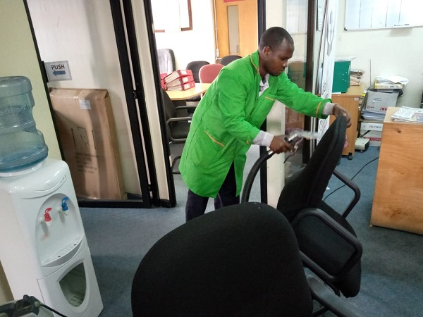 Benefits of using Professional office Cleaners